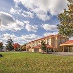 俄亥俄州拉昆塔套房旅馆