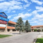 Howard Johnson Plaza Hotel by Wyndham Windsor