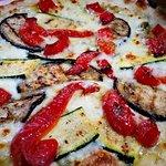 Pizza con farina ai 5 cereali: a dir poco sublime Un plus alla piazza bianca alle verdure 👏👏