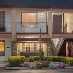 Travelodge by Wyndham Commerce GA Near Tanger Outlets Mall