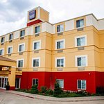 Sleep Inn & Suites Central