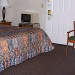 MH Ely Ely NV Guestroom Queen