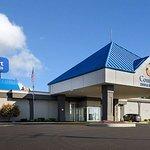 Comfort Inn & Suites Syracuse Airport
