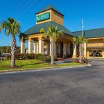 Quality Inn & Suites Civic Center