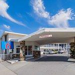 Motel 6 San Bernardino, CA - Downtown