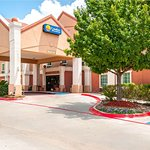 Comfort Inn & Suites near Medical Center