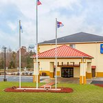 Comfort Inn and Suites hotel in Mocksville, NC