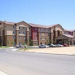 Hampton Inn & Suites Bakersfield North-Airport