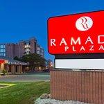 Ramada Plaza by Wyndham Niagara Falls