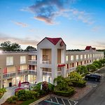 Ramada by Wyndham Orlando Near Convention Center