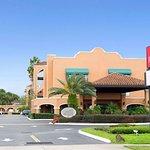 Ramada by Wyndham Kissimmee Downtown Hotel