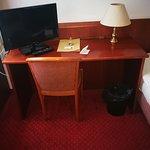 Bismarck Hotel Photo