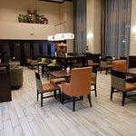 拉伯克西南恒庭套房飯店