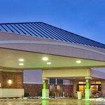 Ramada Plaza by Wyndham Rochester Airport