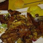Combinado Special fatto da trippe, duroni di pollo e fegato di mucca tutto con spezie e grigliat