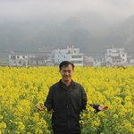 صورة فوتوغرافية لـ Wuyuan Rape Flower Scenic Spot