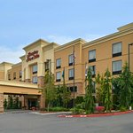 皮阿拉普希爾頓恆庭旅館&套房酒店