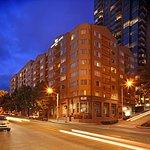 西雅圖會展中心派克街希爾頓惠庭套房酒店