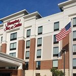 Hampton Inn & Suites Newburgh Stewart Airport