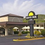 Days Inn by Wyndham Oak Ridge Knoxville