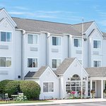 Microtel Inn & Suites by Wyndham Erie