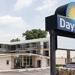 Welcome to the Raleigh Days Inn South