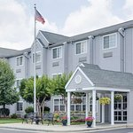 Microtel Inn & Suites by Wyndham Greensboro
