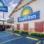 ‪Days Inn by Wyndham Austin/University/Downtown‬