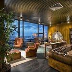 Smoker's Lounge 1