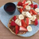 Pancakes with strawberries and banana