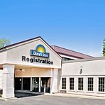 Days Inn by Wyndham Sharonville