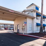 Americas Best Value Inn Riverwalk Downtown/Market Square