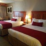 Best Western Plus Rivershore Hotel