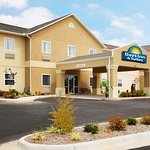 Welcome to the Days Inn and Suites Cabot