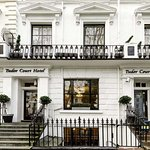 Tudor Court Hotel
