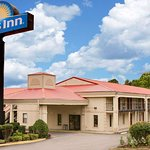 Days Inn by Wyndham Cleveland TN