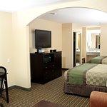 Deluxe Two Queen bedroom