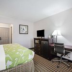 Well-equipped guest room