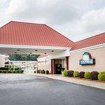 Days Inn by Wyndham Goldsboro