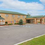 Days Inn by Wyndham Albany Airport