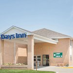 Days Inn by Wyndham Lexington NE