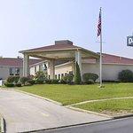 Days Inn by Wyndham Hillsboro