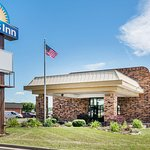 Days Inn by Wyndham Anderson in