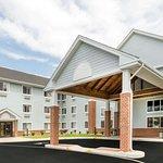 Days Inn & Suites by Wyndham Milford