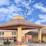 Days Inn & Suites by Wyndham Casey