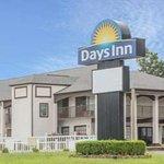 Days Inn by Wyndham Holly Springs