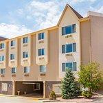 Days Inn by Wyndham Colorado Springs Air Force Academy