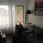 pokój część wypoczynkowa (rozkładana sofa)