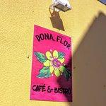 Foto de Dona Flor Cafe & Bistro