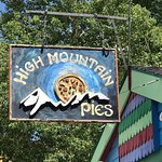 Foto de High Mountain Pies